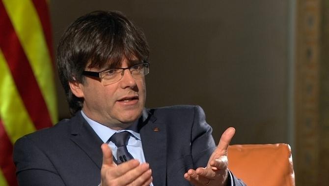 IL SINDACO DI BARCELLONA: 'RE FELIPE, UN DISCORSO INDEGNO'. PUIGDEMONT: 'INDIPENDENZA, QUESTIONE DI GIORNI'