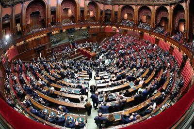 Parlamento, i primi passi verso la composizione