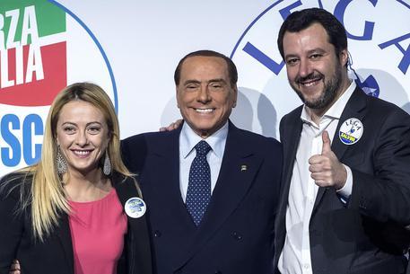 Salvini a Berlusconi e Meloni: andiamo insieme al Colle