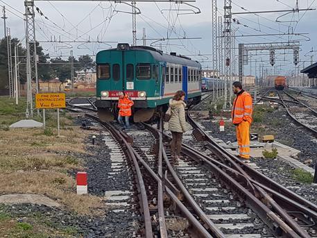 Trentino, incendi a centraline elettriche ferrovie