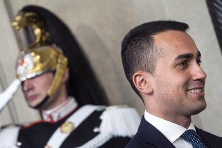 Governo: Di Maio e Salvini al Colle: nodo premier