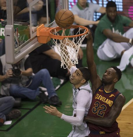 Nba: prima finale Est, vince Boston