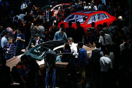 Cina: taglia dazi auto