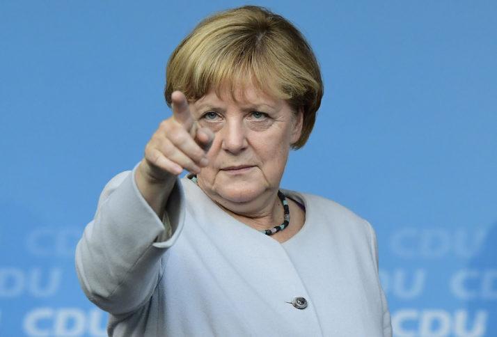 Crisi politica, le posizioni europee