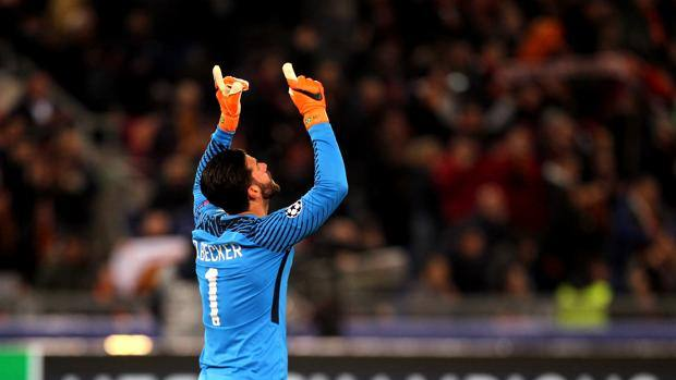 Mercato: Roma, Alisson in stand by