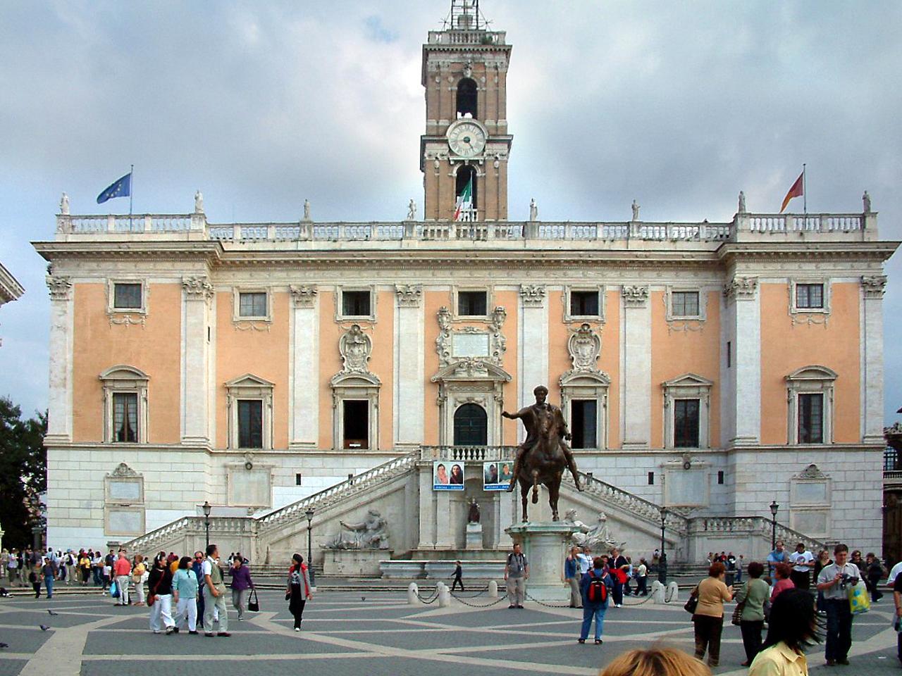 Roma, il Campidoglio si attiva per le case senza acqua, Inps diffidato