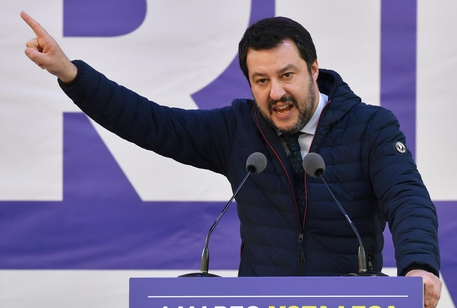 """Salvini: """"L'Europa è mal governata, precaria e spaventata"""""""
