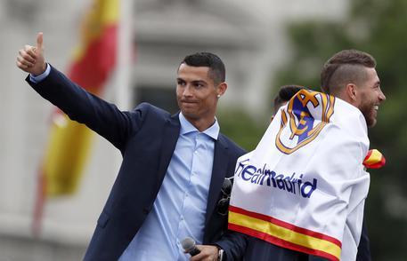 Ronaldo, incontro con Perez: via libera alla Juventus?  Tifosi bianconeri in delirio