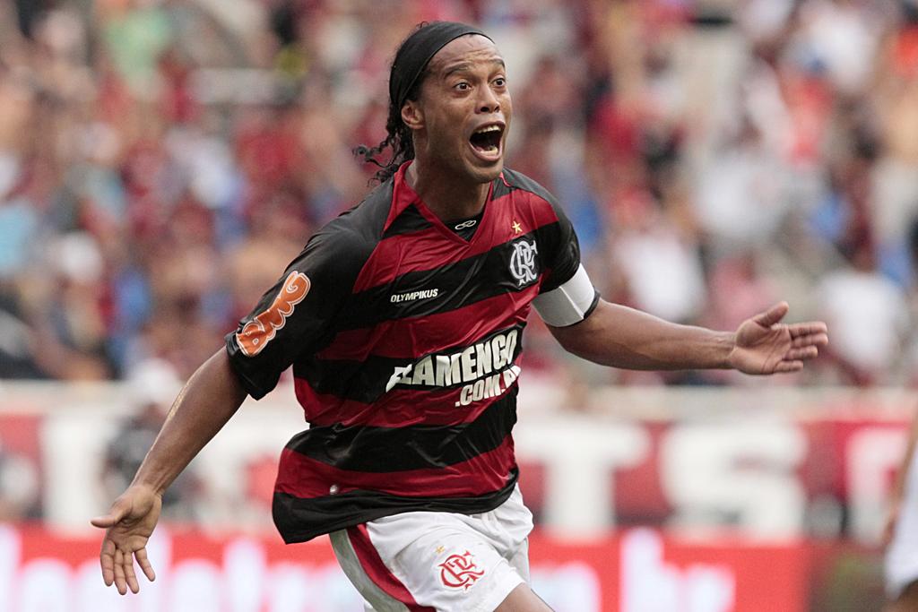 Ronaldinho non dribbla il fisco brasiliano