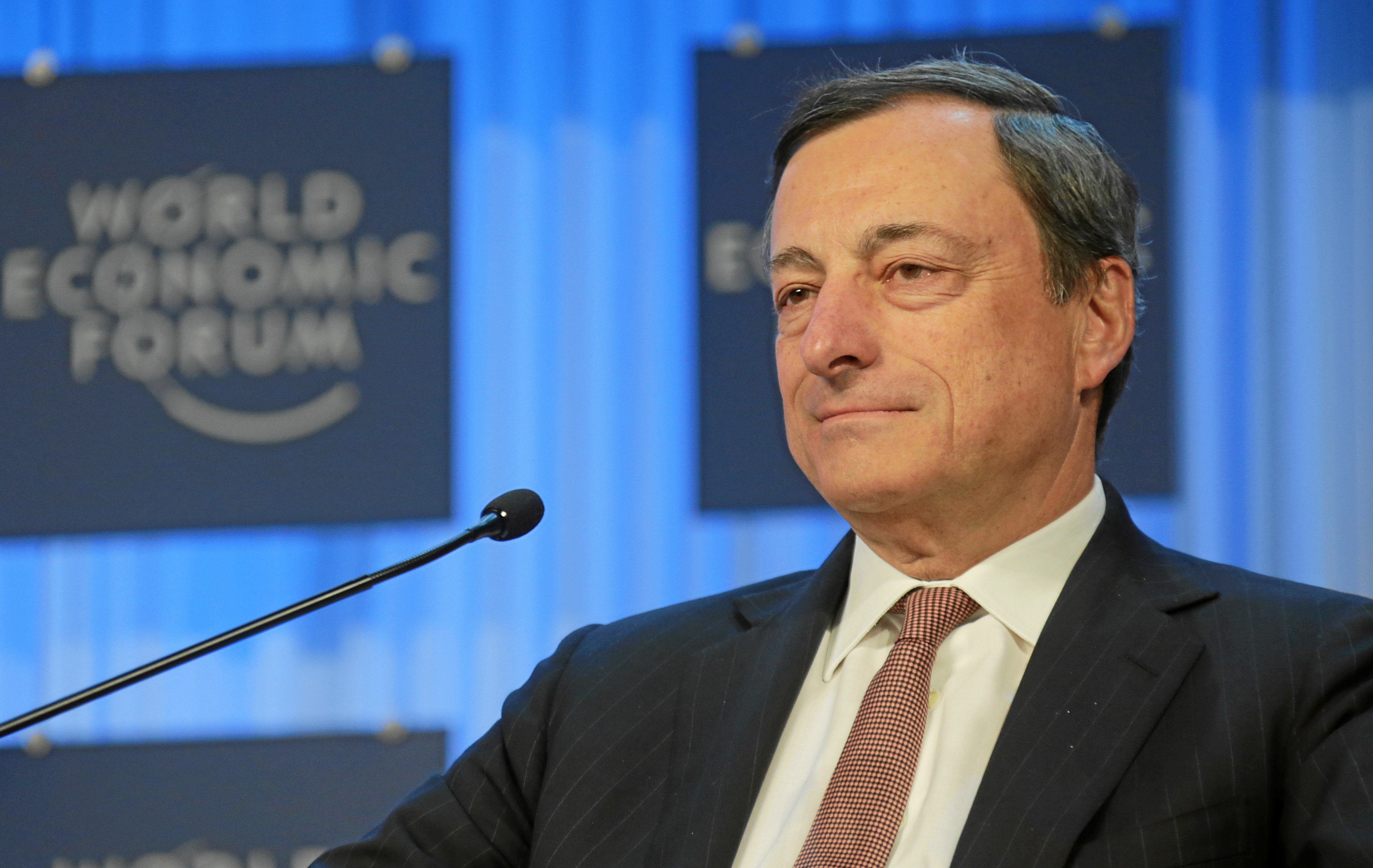 Mario Draghi prevede crescita nell'Eurozona