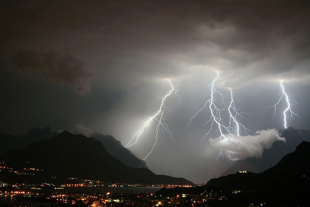 Maltempo, violenti nubifragi in Campania