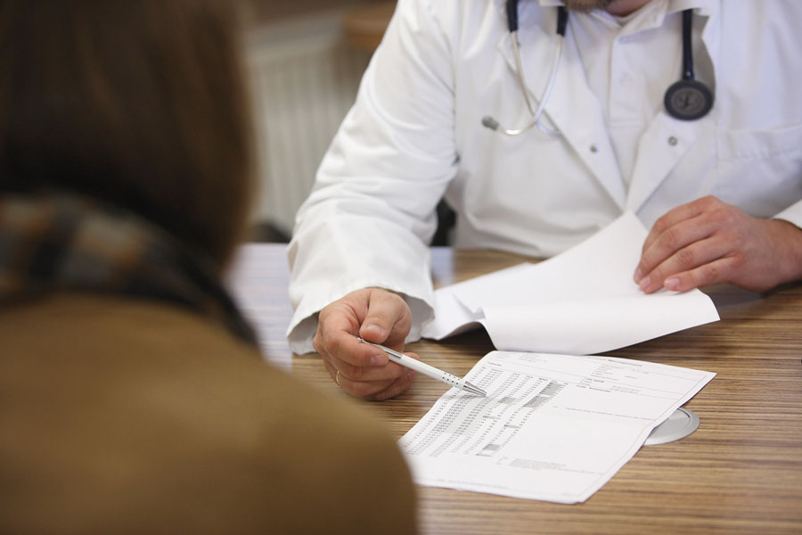 Appello ai medici: scrivete ricette in maiuscolo