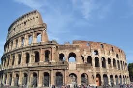 Il fascino del Colosseo rivive nel finale 2018 a Roma