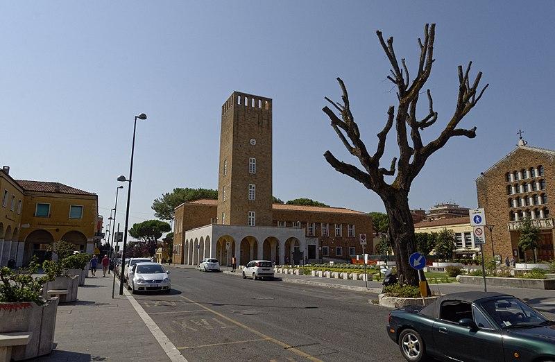 Carabinieri di Pomezia sul lungomare: 2 arresti per droga