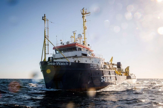 Accordo Sea Watch, Salvini sfida Conte: non entra nessuno