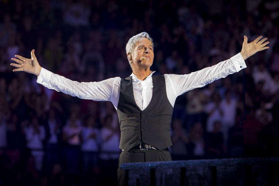 Baglioni va forte: a Sanremo con Bocelli, Giorgia e Elisa