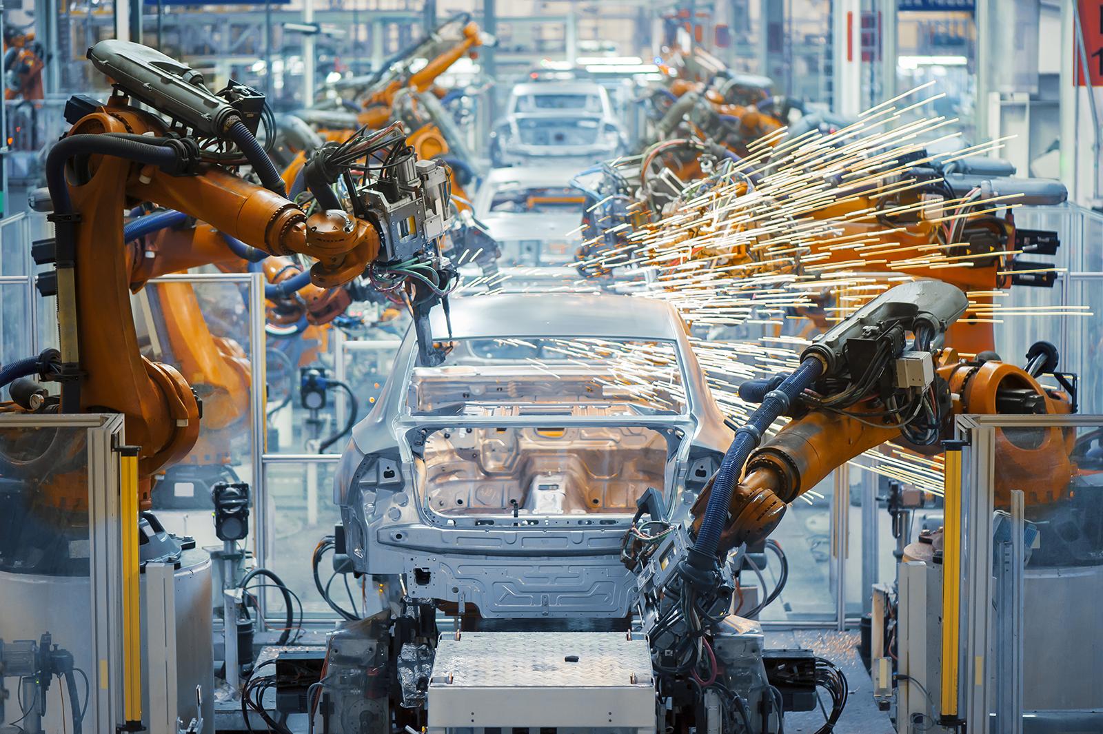 Istat, crolla la produzione. Conte: in linea con zona euro