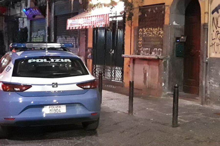 Bomba a Napoli contro pizzeria Sorbillo