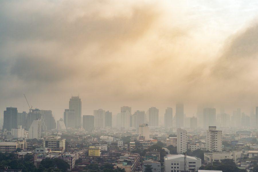 Cina, inquinamento atmosferico danneggia le industrie