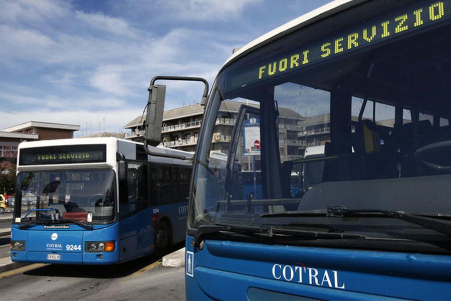 4 ore di sciopero oggi per Cotral