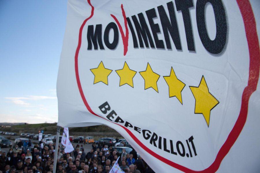 Di Battista su Toninelli: Massacrato? C'è Benetton dietro
