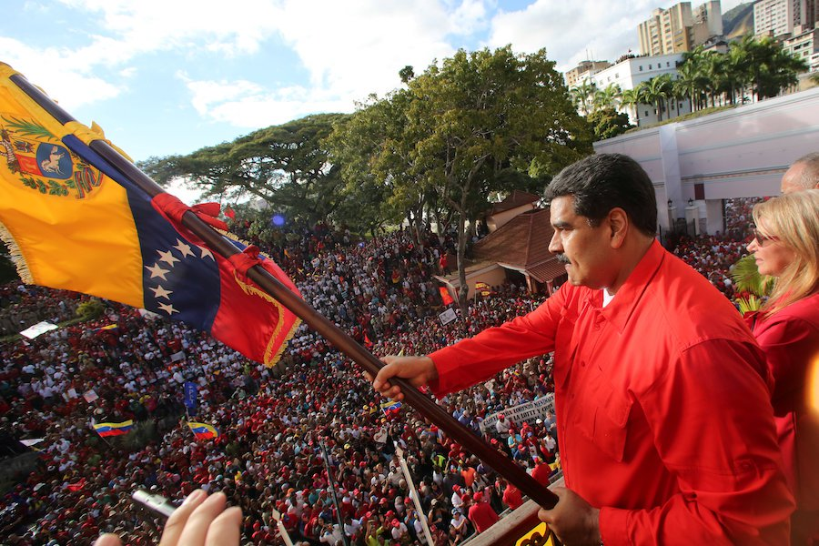 Venezuela nel caos: Guaidó si proclama presidente