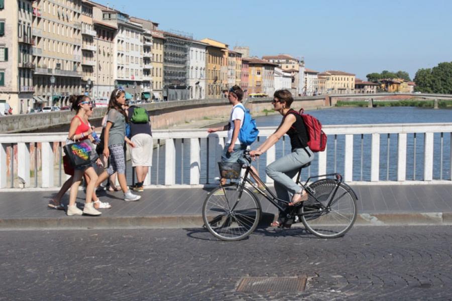 Bonus per ciclisti romani, premiato chi va in bicicletta