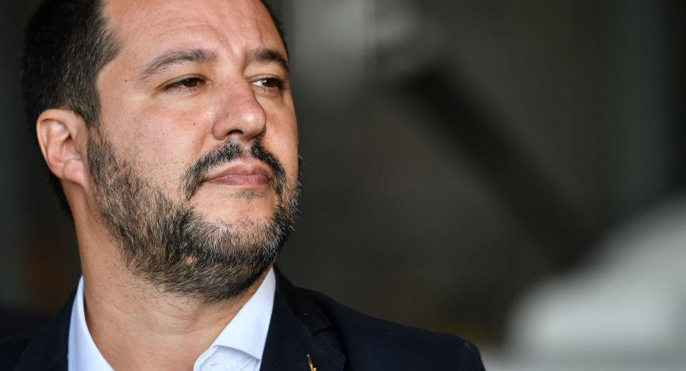 Matteo Salvini su caso Diciotti: no a processo, non mollo