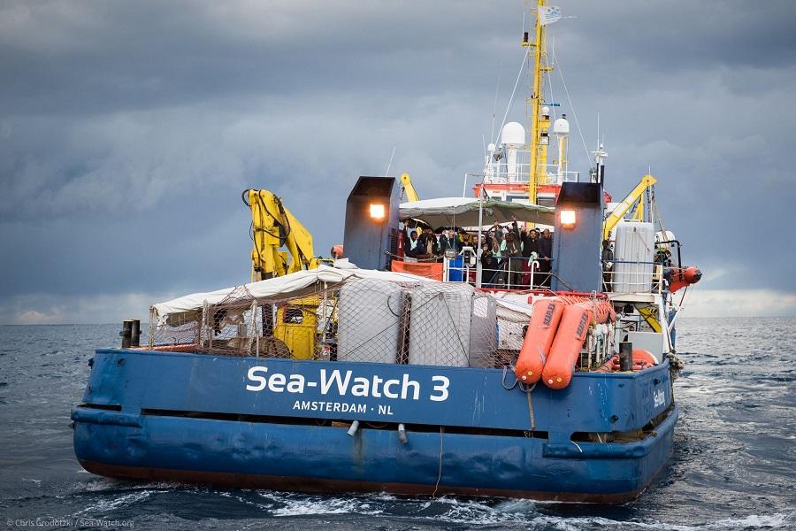 Sea Watch, governo: condotta temeraria della nave