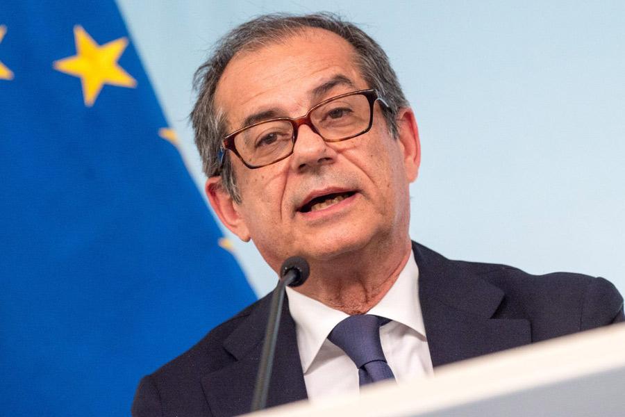 Tria a Washington commenta la situazione economica italiana
