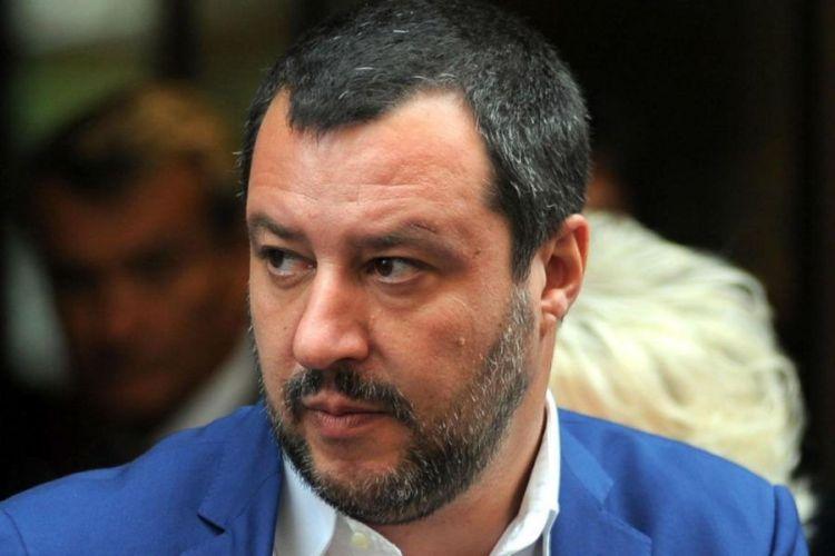 Sagoma di Salvini a Roma: provocazione di street Artist