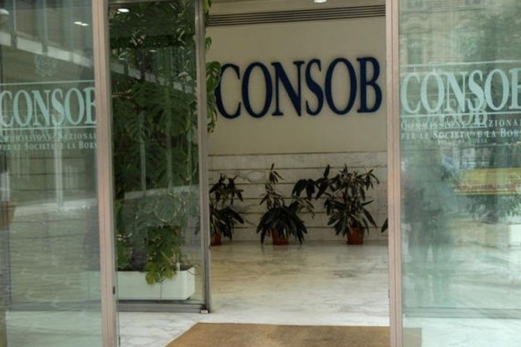 Savona alla Consob: dubbi su incompatibilità