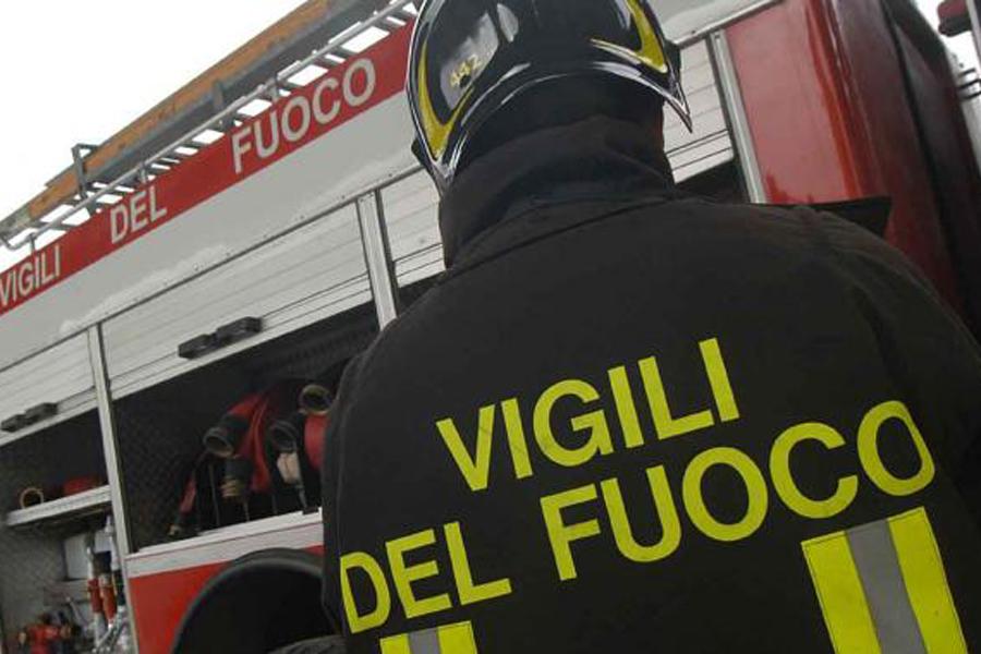 Bimbo muore in incendio a Pordenone