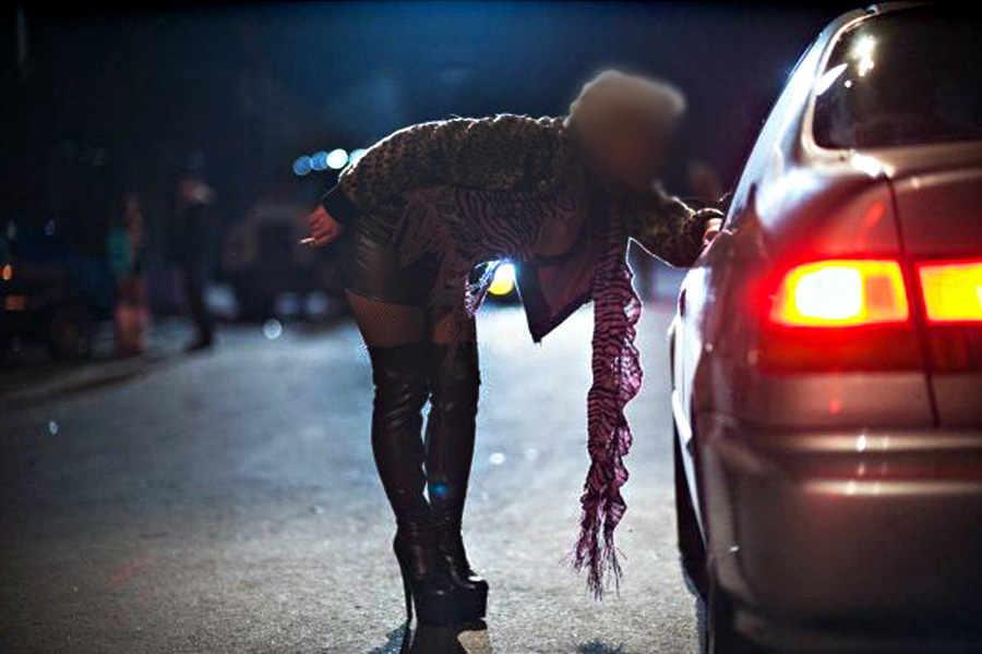 Proposta legge: albo professionale per  prostitute