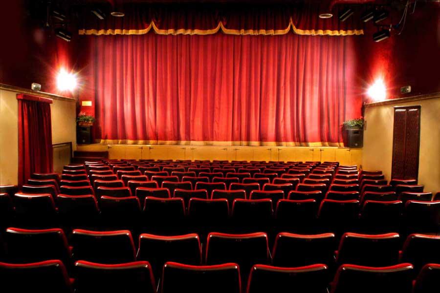 Teatro, le Luci d'autunno illuminano il Sipario delle Donne