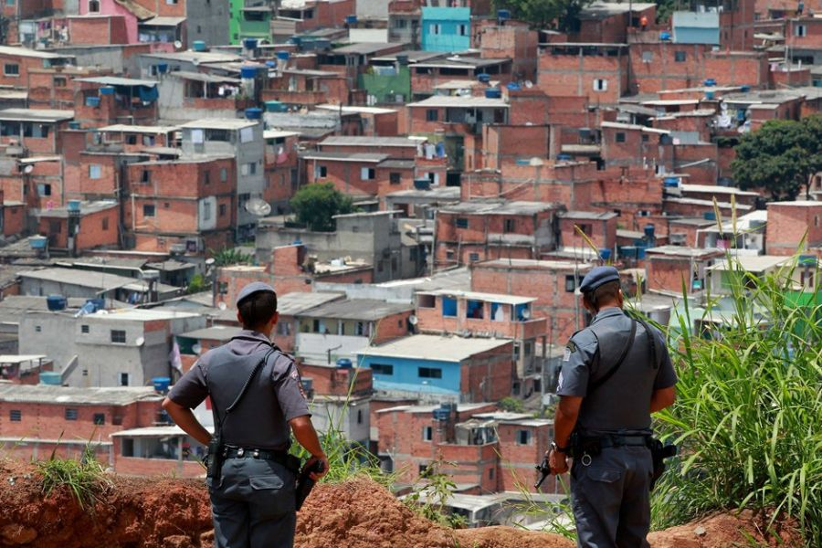 Brasile sparatoria in scuola 10 morti compresi assalitori