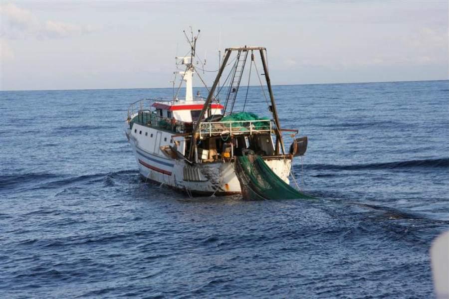 Mare Jonio a Lampedusa tra ombre e polemiche