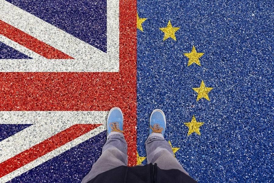 Brexit revoca del 50 e petizione