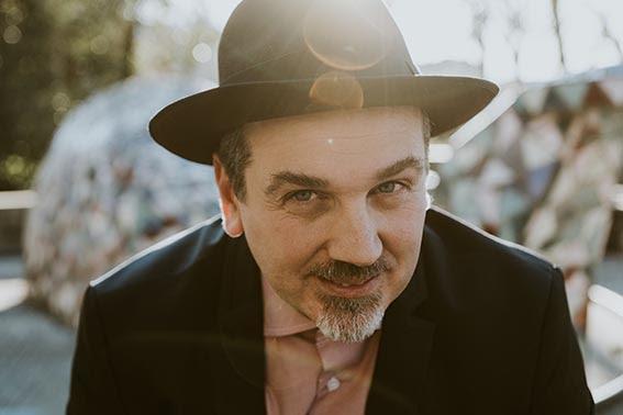 Alessandro D'Orazi, da San Basilio ad Itaca in 12 canzoni