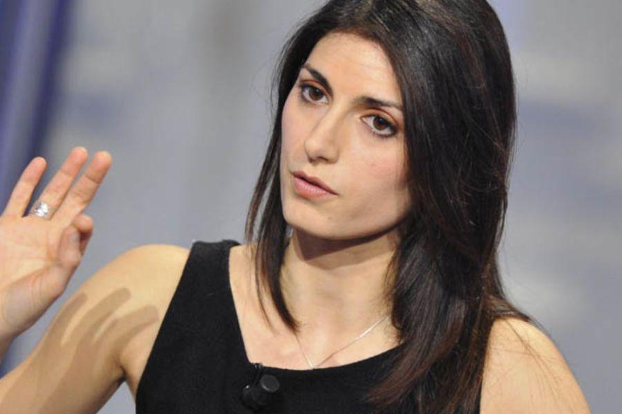 Caso Ama, 'pressioni da Virginia Raggi': le intercettazioni