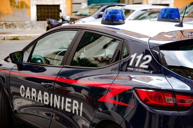 cagliari-incidente-posto di blocco-carabinieri